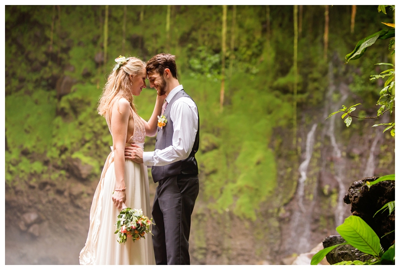 costa rica. jungle wedding, photographers