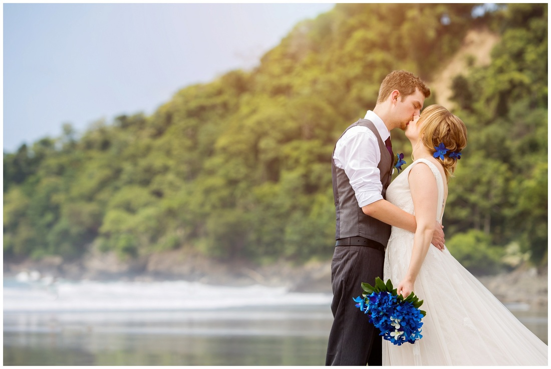 manuel antonio, beach wedding, morning