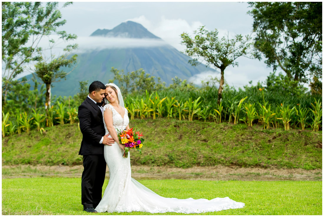 arenal, costa rica, weddings