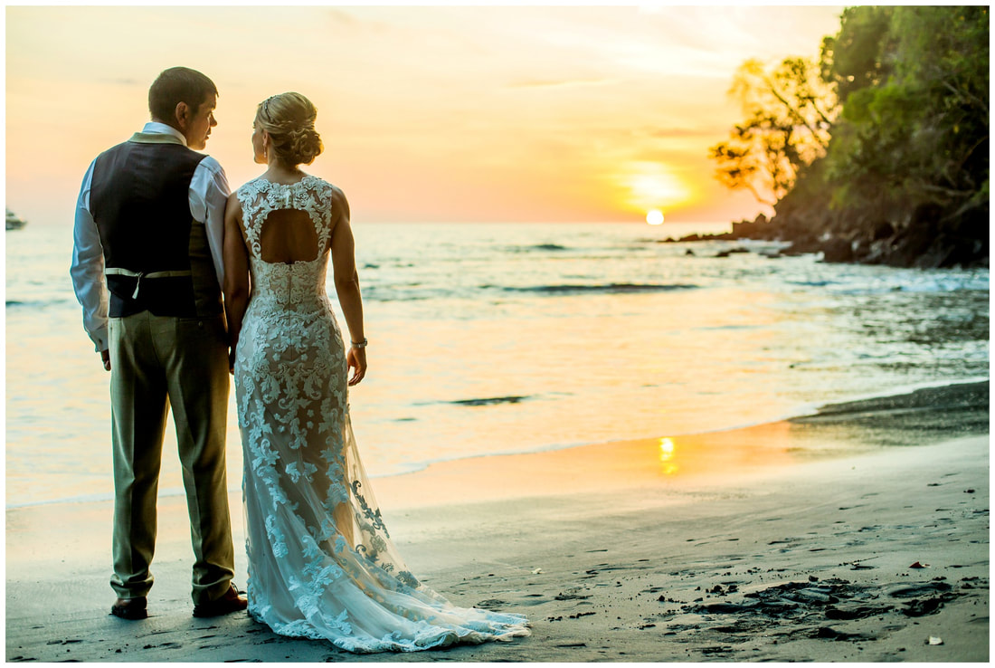 costa rica sunset wedding photography