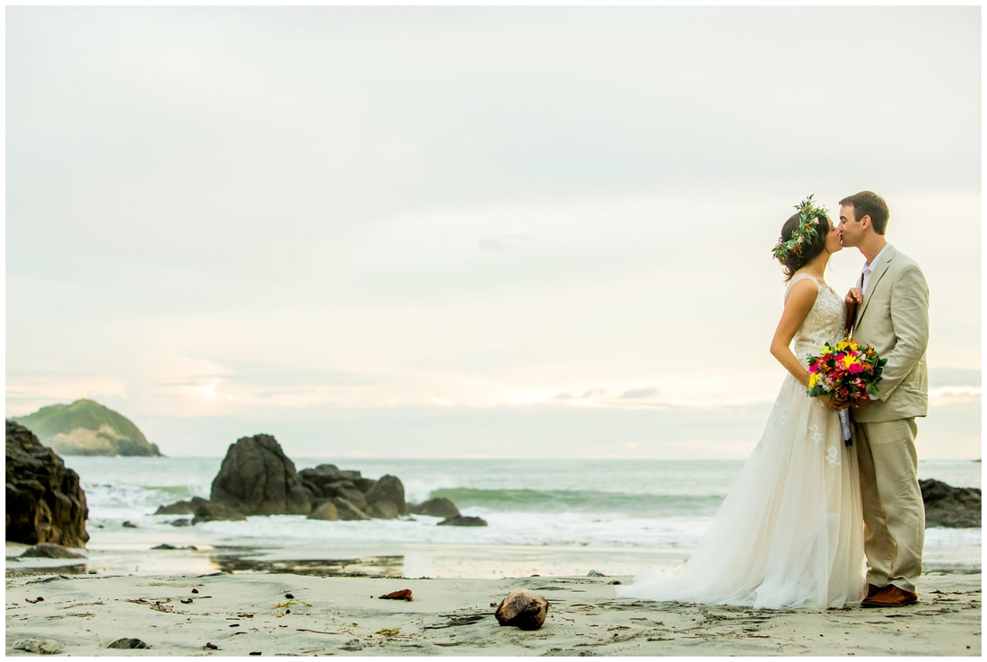 manuel antonio destination wedding photographer