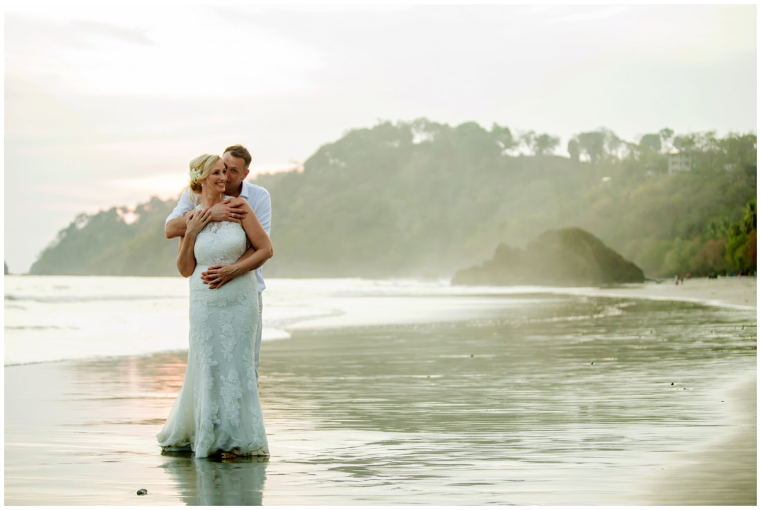 Manuel antonio elopement photographer
