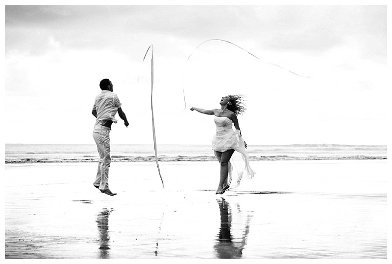 fun beach wedding photos, CR photography