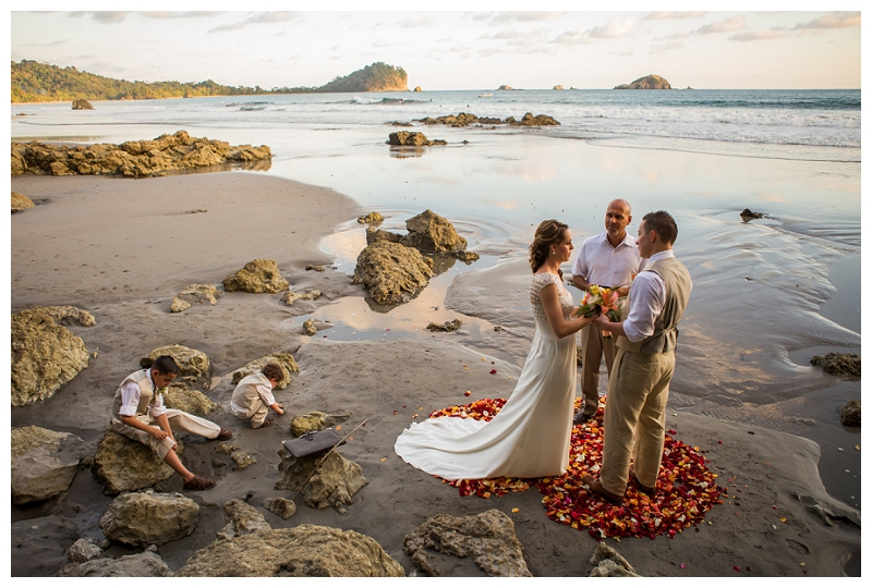 wedding photographers in costa rica