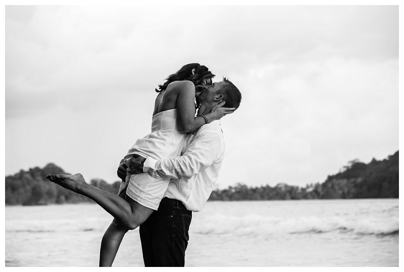 romantic wedding photography, costa rica