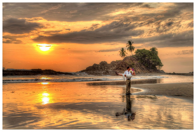 dramatic, sunset, bride, groom, wedding, costa rica, photography
